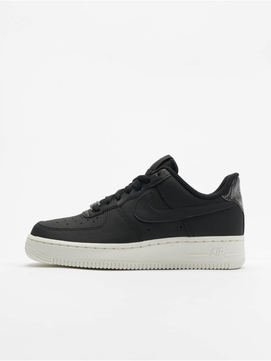 Nike Tøysko Air Force 1 '07 Essential svart