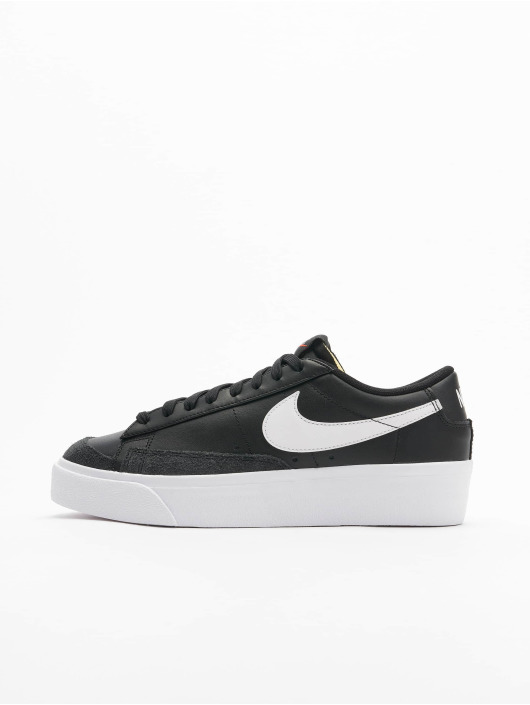 Nike Tøysko Blazer Low Platform svart