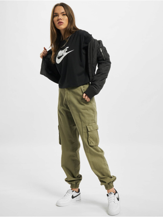 Nike T-paidat Essential Icon Future musta