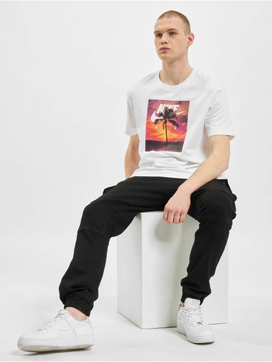 Nike T-paidat 194502447590 valkoinen