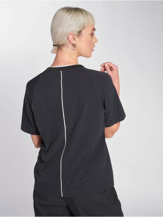 Nike T-Shirt Sportswear Tech Pack black