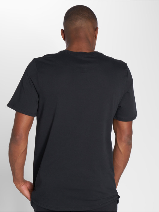 Nike T-Shirt Logo black