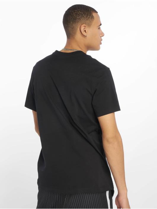 Nike T-Shirt Just Do It Swoosh black