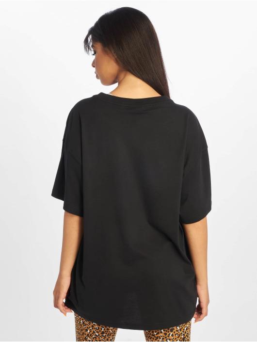 Nike T-Shirt Sportswear Essential black