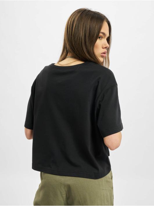 Nike T-Shirt Essential Icon Future black
