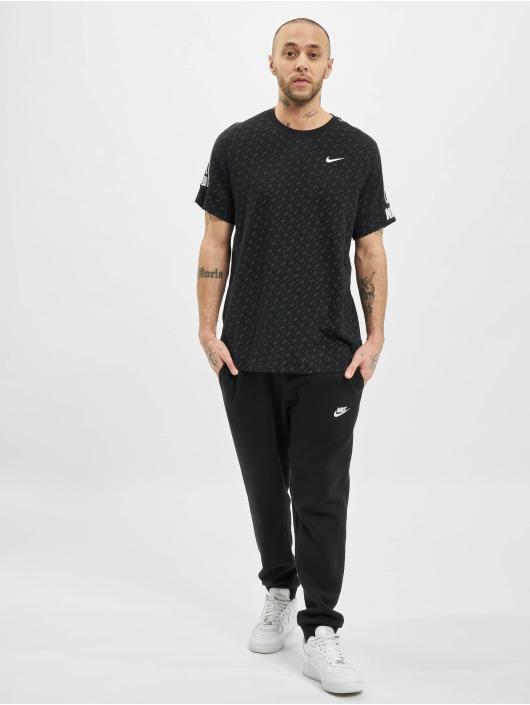 Nike T-Shirt M Nsw Repeat Ss Prnt black