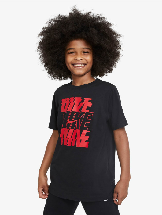 Nike T-Shirt Stack black