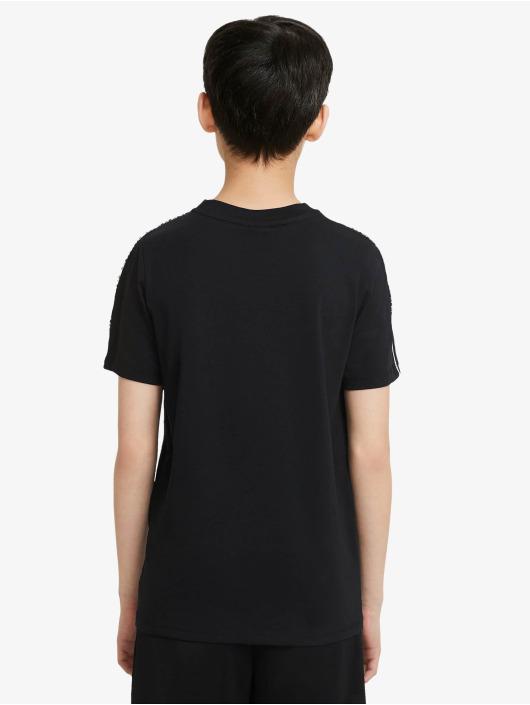 Nike T-Shirt Repeat black