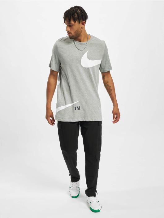 Nike T-Shirt Swoosh grey