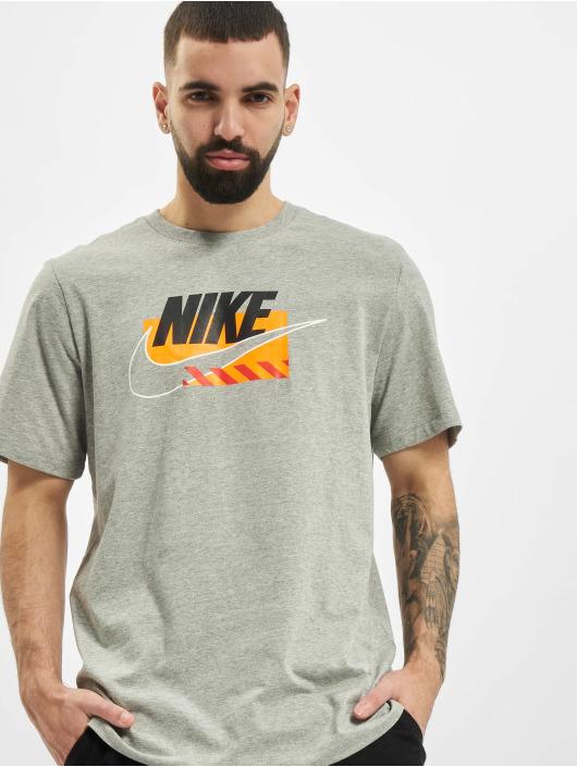 Nike t-shirt M Nsw Sp Brandmarks Hbr grijs