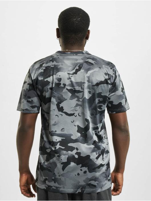 Nike T-Shirt Dry Leg Camo Aop gris