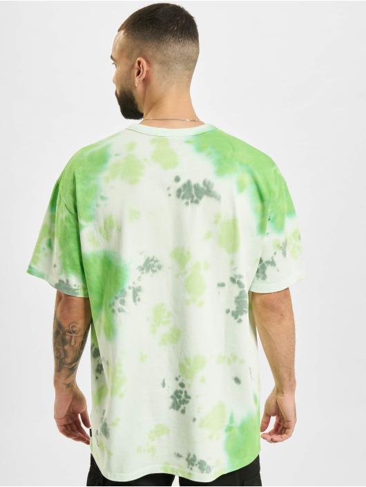 Nike T-Shirt Sportswear Tie-Dye grün