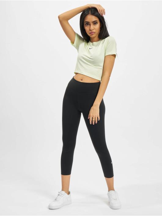 Nike T-Shirt Slim grün