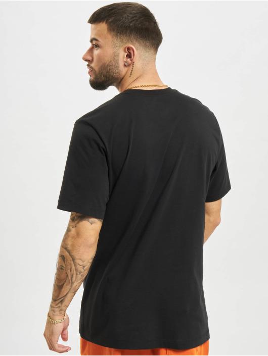 Nike T-Shirt Multibrand noir