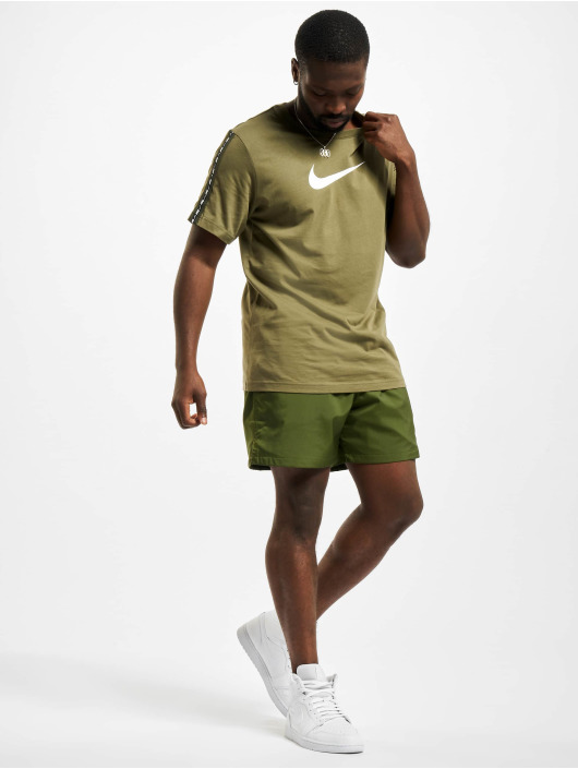 Nike T-shirt Repeat oliva
