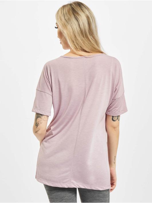 Nike T-Shirt Layer pourpre