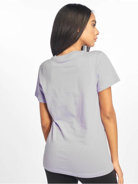 Nike T-Shirt Swoosh purple