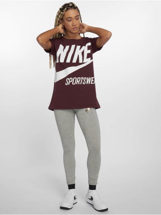 Nike T-Shirt Sportswear rot