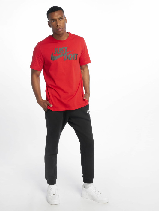 Nike T-Shirt Just Do It Swoosh rot