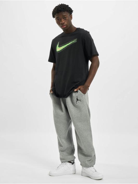 Nike T-Shirt M Nsw Swoosh 12 Month schwarz