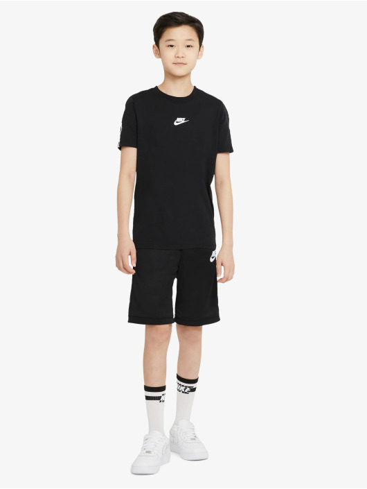Nike T-Shirt Repeat schwarz