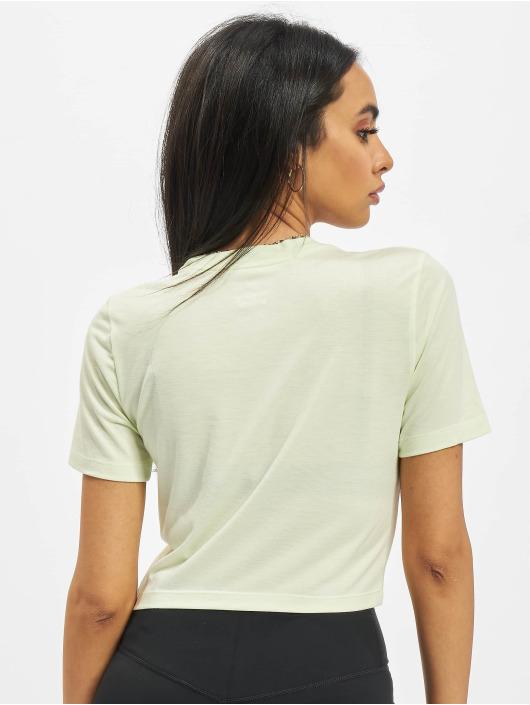 Nike T-Shirt Slim vert