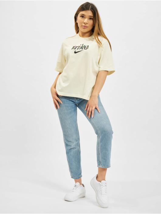 Nike T-Shirt W Nsw Boxy Nature weiß