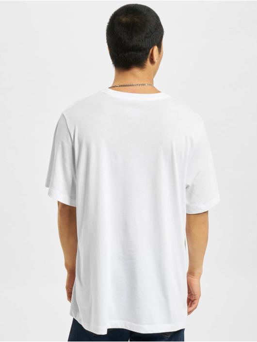 Nike T-Shirt Dri-FIT weiß
