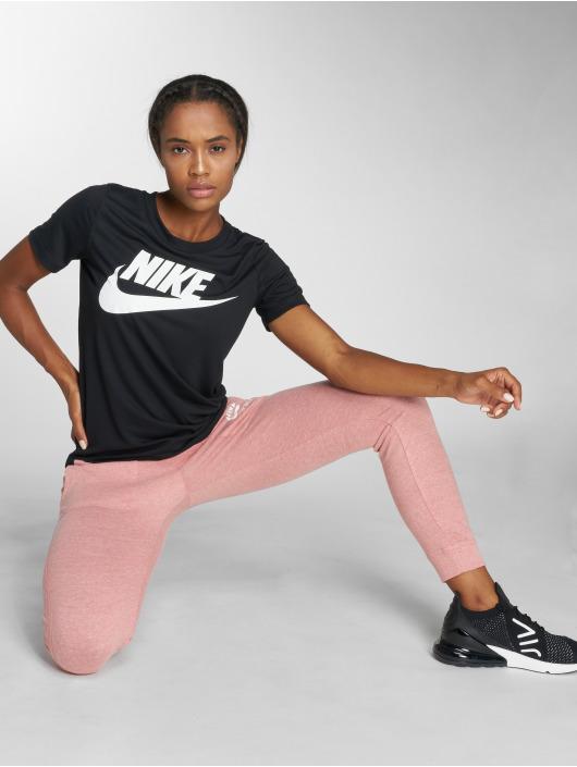 Nike t-shirt Sportswear Essential zwart