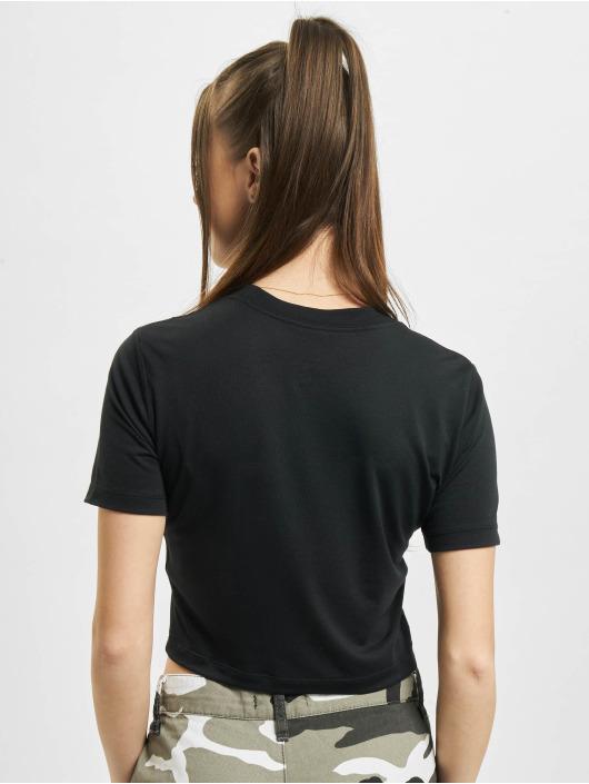 Nike t-shirt W Nsw Essntl Slim Crp Lbr zwart