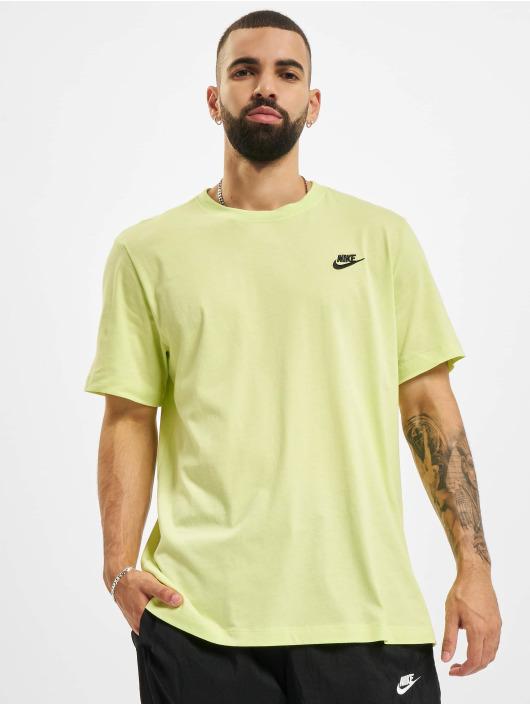 Nike T-shirts Club gul