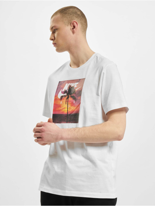 Nike T-shirts 194502447590 hvid