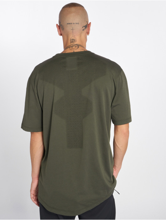 Nike T-shirts Sportswear Tech Pack oliven