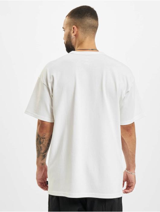 Nike T-Shirty Premium Essential bialy
