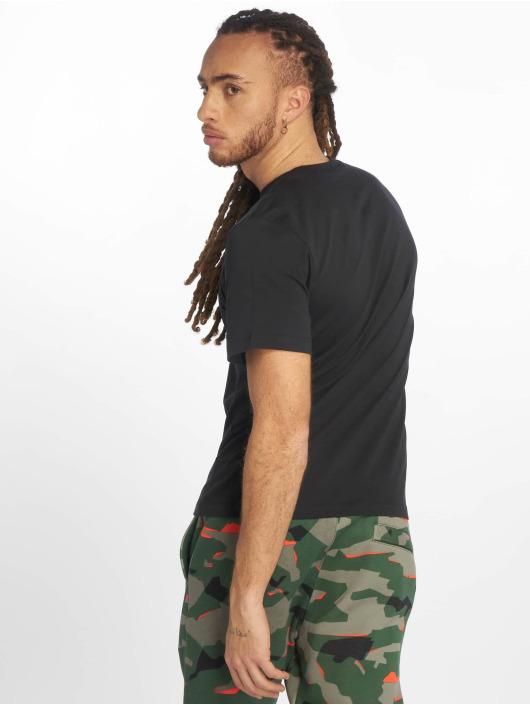 Nike T-Shirty Club czarny
