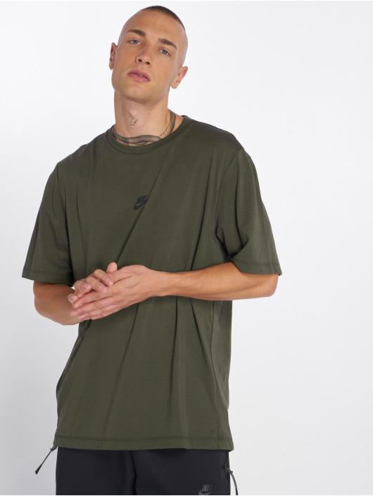 Nike T-Shirty Sportswear Tech Pack oliwkowy