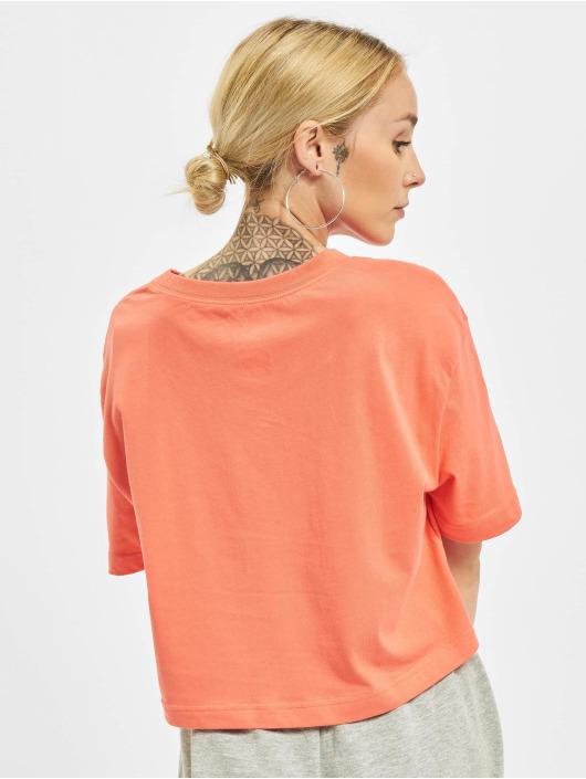Nike T-Shirty Essential Icon Future Crop pomaranczowy