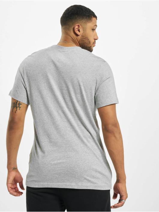 Nike T-Shirty BTS Futura szary