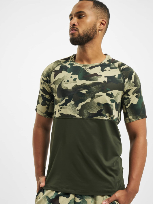 Nike T-Shirty Slim Camo zielony