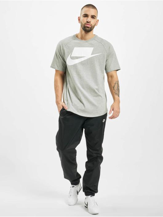 Nike T-skjorter SS 1 grå