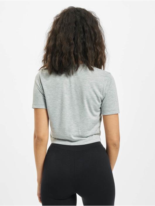 Nike T-skjorter Nike Slim Crop LBR grå