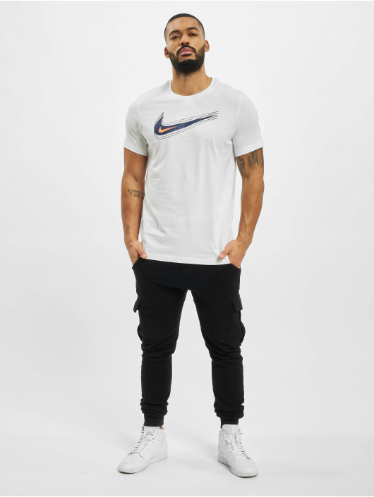 Nike T-skjorter M Nsw Swoosh 12 Month hvit