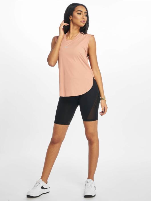 Nike T-skjorter City Sleek Cool rosa