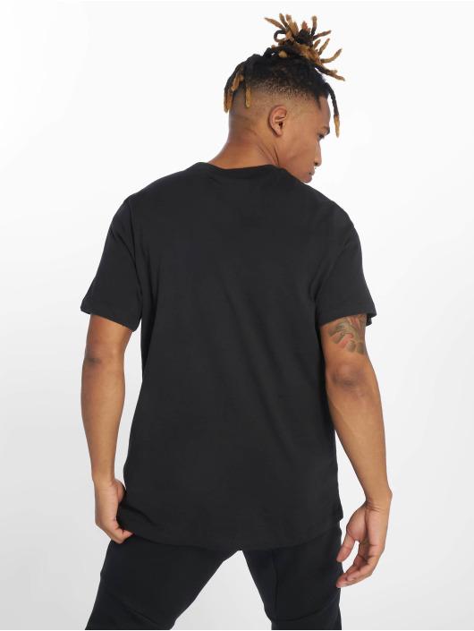 Nike T-skjorter Just Do It Swoosh svart