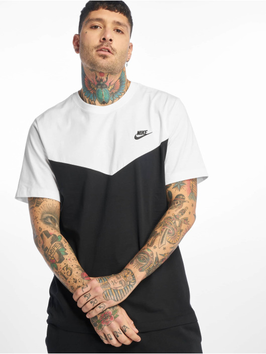 Nike T-skjorter Club WR svart