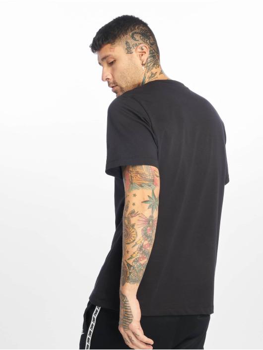 Nike T-skjorter CLTR Gradient Futura svart