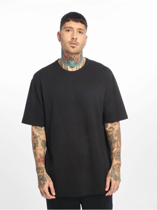 Nike T-skjorter TCH PCK SS svart