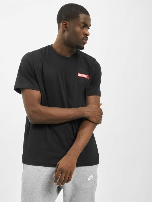 Nike T-skjorter SS JDI 2 svart