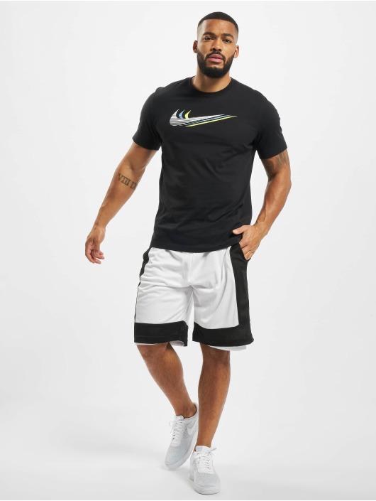 Nike T-skjorter Swoosh svart