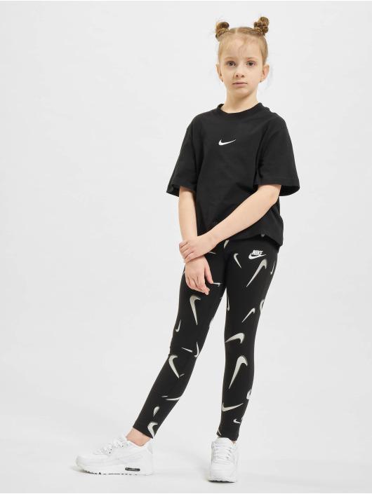 Nike T-skjorter Essntl Boxy svart